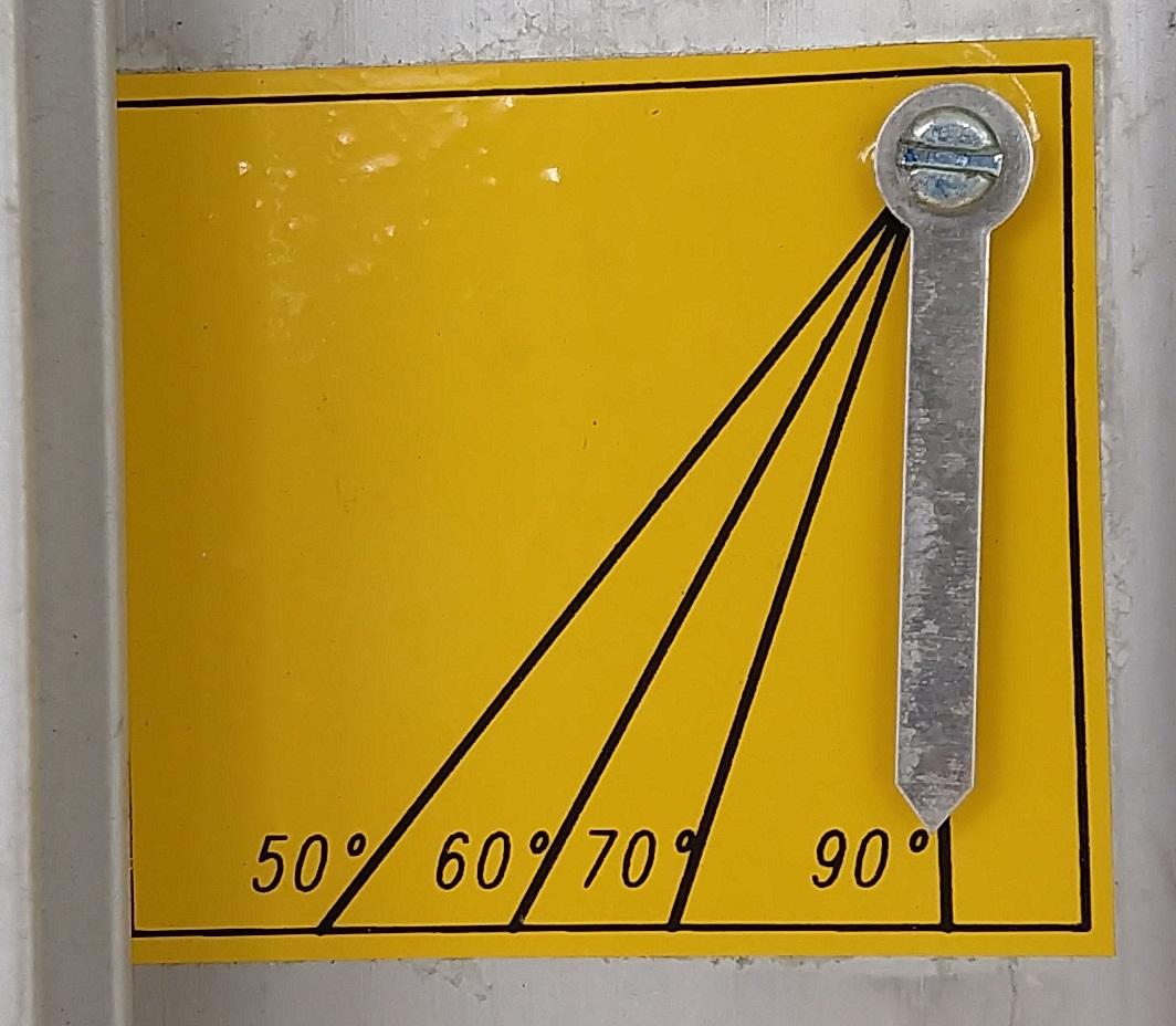 Utilizado para facilitar a identificação da inclinação dos trilhos do elevador inclinado GEDA LIFT 250 Comfort